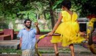जब एक पिता ने बेटी को खुशियां देने के लिए दो साल तक भीख मांगकर पैसे बचाए, वायरल हुर्इ तस्वीर