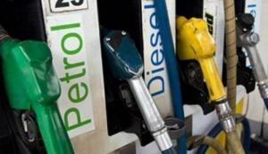 राजस्थान: पेट्रोल-डीजल के दामों में की भारी कटौती, वसुंधरा राजे सरकार ने 4% वैट घटाया
