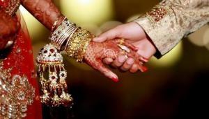 चाय वाले को इनकम टैक्स ने भेजा समन, बेटियों की शादी में दिया था 1.51 करोड़ का दहेज