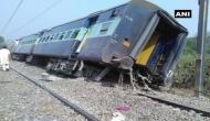 रामपुर: मेरठ-लखनऊ राज्यरानी एक्सप्रेस के 8 डिब्बे पटरी से उतरे