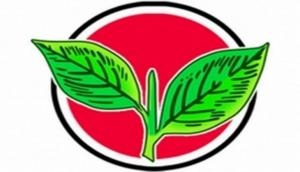 AIADMK sacks journos for pro-BJP article in its mouthpiece
