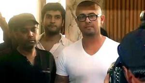 सोनू निगम के ट्वीट पर फिर मचेगा हंगामा, अजान का वीडियो ट्वीट कर बोले- गुडमॉर्निंग इंडिया