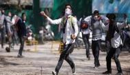 श्रीनगर: क्या जम्मू-कश्मीर पुलिस स्कूली बच्चों को पुलिस स्टेशन में बुला रही है?