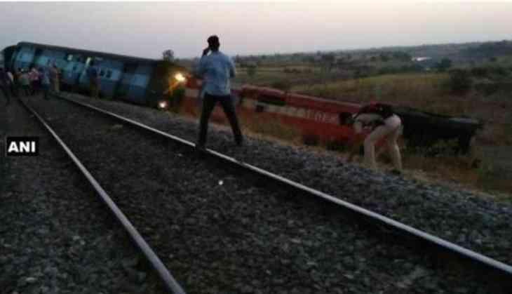 Aurangabad- Hyderabad passenger train derails in K'taka, no injuries