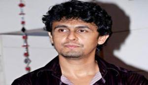 Video: Sonu Nigam slams 'secular' Indians for mourning over Pulwama attack; asks, 'Kyun dukh mana rahe ho?'