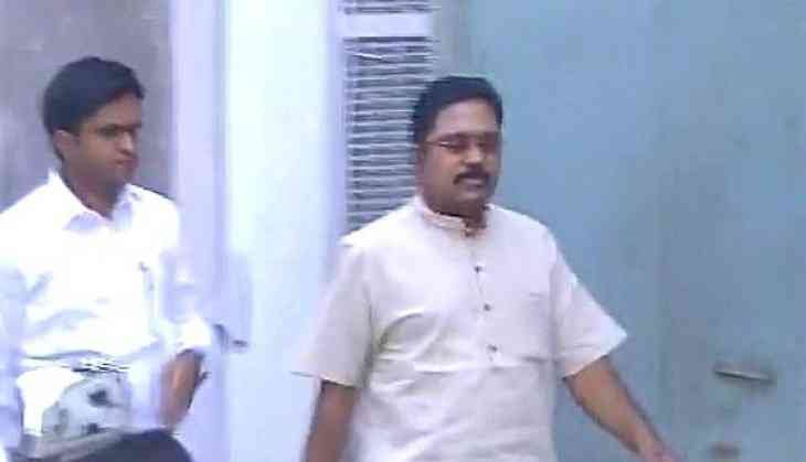 Two Leaves Symbol Dinakarans Questioning Continues For Third Day