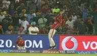 IPL: फील्डिंग में दिखा मनन वोहरा का कमाल, हवा में उड़कर बचाए 6 रन