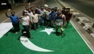 जब गुजरात की सड़क पर पेंट कर दिया गया पाकिस्तान का झंडा