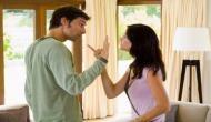 OMG: पति से नाराज पत्नी ने गुस्से में खा लिए 4 लाख रुपये