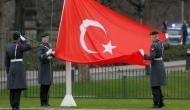 अमेरिका और तुर्की में तक़रार बढ़ी, वीज़ा सेवाएं सस्पेंड