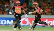 IPL10: मुंबई को 7 विकेट से हराकर प्लेऑफ के क़रीब पहुंचा हैदराबाद
