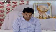 कपिल मिश्रा के 'सत्याग्रह' के ख़िलाफ़ बुराड़ी विधायक संजीव झा का 'सत्याग्रह'