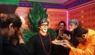 कोलकाता के मंदिर में स्थापित की महानायक की 'मूर्ति'