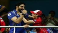 IPL 2017: जब मैच के दौरान प्रीति जिंटा ने पकड़ लिया जूनियर बच्चन अभिषेक का गला