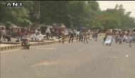 आयकर छापेमारी के ख़िलाफ़ भाजपा कार्यालय पर राजद का प्रदर्शन और हंगामा