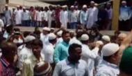 'Won't let Barkati perform namaz', say protestors in Kolkata