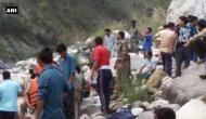 उत्तराखंड: भागीरथी नदी में बस गिरने से 22 श्रद्धालुओं की मौत
