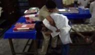 वीडियो: थाने में सपा नेता पर बरसी लाठियां, योगी से लगाई गुहार