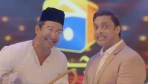 क्रिकेट का मैदान छोड़ सोने का अंडा देने वाली मुर्गी तलाश रहे हैं शोएब अख्तर और वसीम अकरम