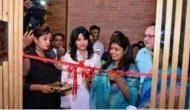 यूपी: मंत्री स्वाति सिंह ने लखनऊ में काटा बीयर बार का फीता