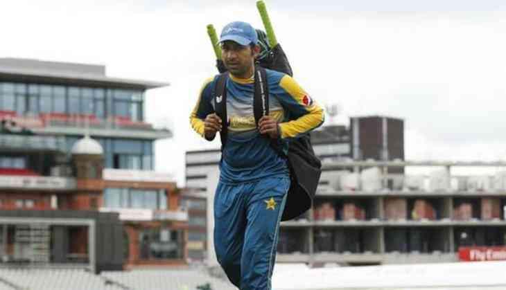 Sarfraz succeeds Misbah as Test captain
