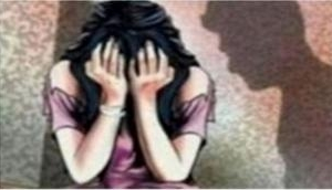 UP: Acid attack on girl for refusing to dismiss harassment case