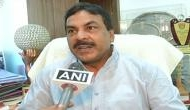 Congress slams Fadnavis over farmers protest