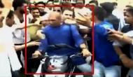 UP में फर्राटे से दौड़ने वाले राहुल के 'दोपहिया रथ' पर MP में लगे ब्रेक