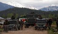 जम्मू-कश्मीर: नौगाम सेक्टर में घुसपैठ करते तीन आतंकी ढेर