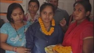 Defeating cancer, girl scored 81 percent in 10th Boards exam