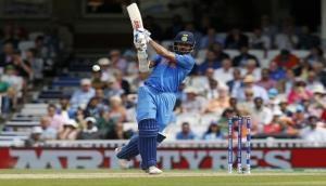 IND Vs SA LIVE: 270 रन का लक्ष्य का पीछा करते हुए भारत की ठोस शुरुआत
