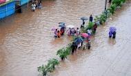 बाढ़ से बेहाल असम, 3.5 लाख की आबादी पर असर