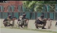 कश्मीर: CRPF कैंप पर आतंकी हमला, बाल-बाल बचे जवान