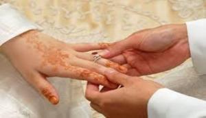 Defying all odds, Madhya Pradesh man marries transgender on Valentine's Day