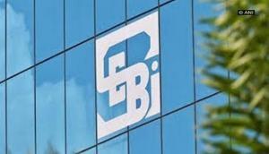 NRI से जुड़े कई विदेशी फंड आये SEBI की रडार पर, ये हैं आरोप