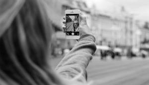 Researchers develop app to help you take the perfect selfie
