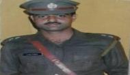 Srinagar: Cop films stone-pelting mob, gets lynched to death