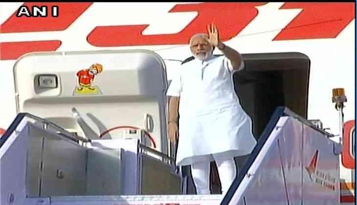 Trump hosts India's Modi to discuss enhancing security, economic cooperation