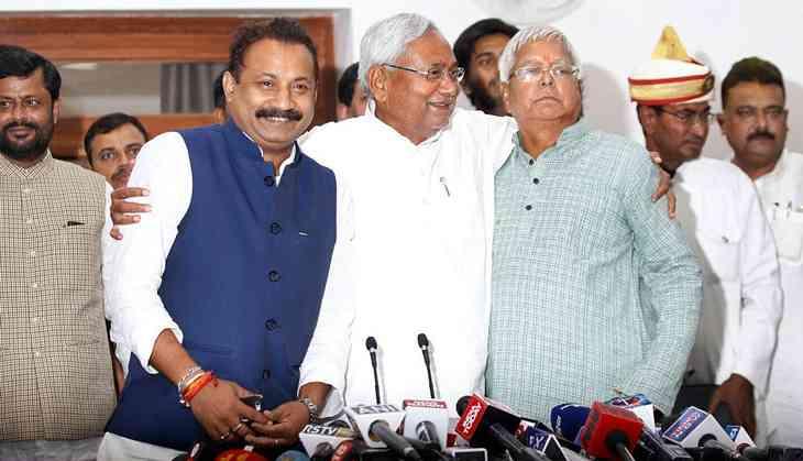 Bihar's Grand Alliance on the verge of break-up. Nitish set for NDA return?