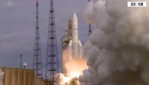 ISRO की उड़ान: 17वें कम्युनिकेशन सैटेलाइट GSAT-17 का सफल प्रक्षेपण
