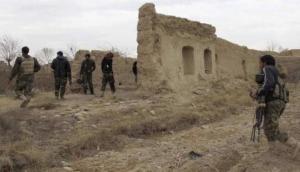 अफ़ग़ानिस्तान: मस्जिद के पास दो गुटों में गोलीबारी, 10 की मौत