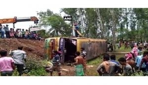 Two people killed, 20 injured after bus overturns on West Bengal state highway