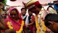 मोक्ष पाने के लिए 50 साल तक लिव इन में रहने वाले जोड़े ने की शादी