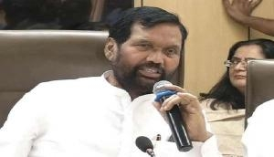 Paswan to manufacturers: Make important information on products 'readable'