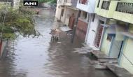 यूपी में भारी बारिश का क़हर, 10 ज़िलों में बाढ़ का अलर्ट
