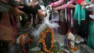 महाशिवरात्रि का क्या है महत्व और कैसे करें पूजा अर्चना और मंत्रों का जाप