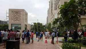 Mahagun Moderne residents move to ban Bengali, Odiya help; 13 slum-dwellers arrested