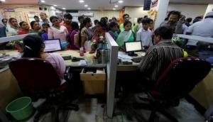 Dussehra Bank Holidays: All banks to remain close for 4 days, people to cash crunch