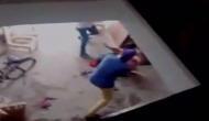 Video: दोस्त के साथ देवर ने की मां समान भाभी की हॉकी से पिटाई