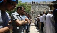 जेरूसलम: आतंकी हमले के बाद इज़रायली पुलिस और नमाजियों में झड़प